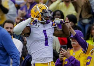 JaMarr Chase Is Going To Wear No. 7 On The LSU Tigers Football Jersey In 2020 In Baton Rouge.