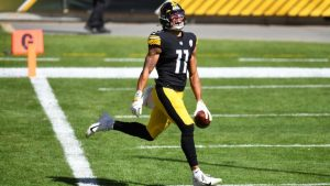 Chase Claypool Had Record Setting Day For The Pittsburgh Steelers In The Victory At Heinz Field In Pittsburgh.