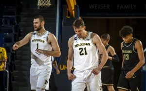 Hunter Dickinson Has Been A Nice Addition For The Michigan Wolverines Basketball Team.