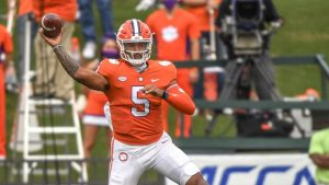 DJ Uiagalelei Is Going To Be One Of The Best QB's In College Football In The 2021 Campaign For The Clemson Tigers.