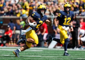 Blake Corum Has Been Unbelievable At RB For The 2021 Michigan Wolverines Football Team.